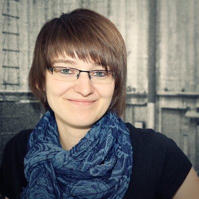Autorin Melanie Naumann - Gastbeitrag - Wie man als Autor hilfreiche Kontakte knüpfen kann